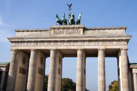 brandenburg: Brandenburger Tor  Brandenburg Gate , famous landmark in Berlin, Germany