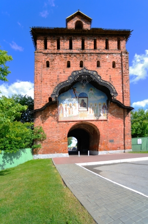 old tower with a gate in  Kolomna Kremlin photo