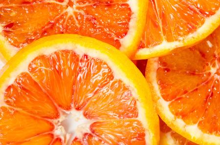 filtered: detalle de la imagen rodajas de naranja roja del efecto filtra retro