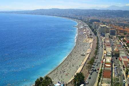 Mediterranean sea and pebble beach near Promenade des Anglais in Nice, France Stock Photo - 7419765