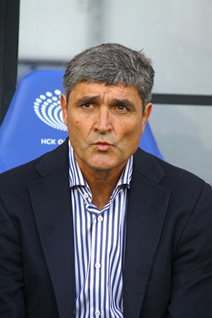 KYIV, UKRAINE - MARCH 18, 2012: FC Dnipro manager Juande Ramos looks on during Ukraine Championship game against FC Dynamo Kyiv on March 18, 2012 in Kyiv, Ukraine Stock Photo - 13062714