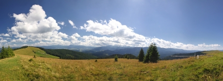Panoramic view of beautiful summer Carpathian mountains, Ukraine Stock Photo - 15635864