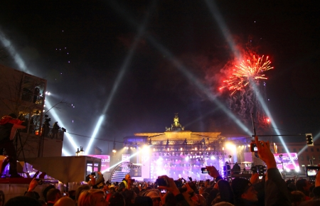platz: BERLIN, GERMANY - JANUARY 1, 2012: New 2012 Year celebrations taking place at Pariser Platz near Brandenburg Gate on January 1, 2012 in Berlin Editorial