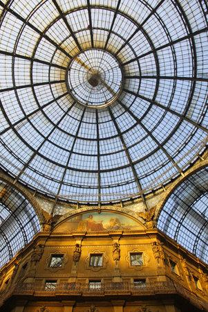 vittorio emanuele: Galleria Vittorio Emanuele shopping Center in Milan, Italy
