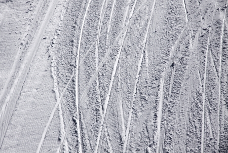 ski traces: Ski traces on a snow on the mountain slope