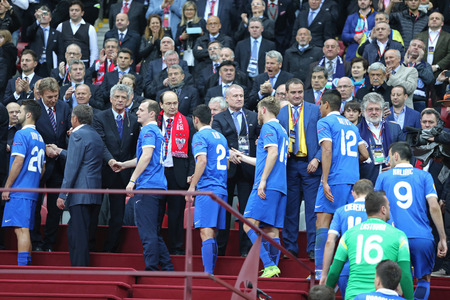 finalist: WARSAW, POLAND - MAY 27, 2015: FC Dnipro Dnipropetrovsk - the silver medalists of the UEFA Europa League 2015 receive a medals at Warsaw National Stadium