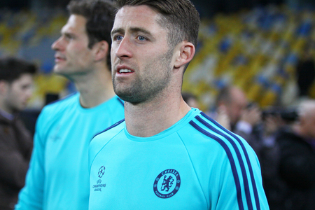 cahill: KYIV, UKRAINE - OCTOBER 19, 2015: Gary Cahill of FC Chelsea walks on during training session at NSC Olimpiyskyi stadium before UEFA Champions League game against FC Dynamo Kyiv