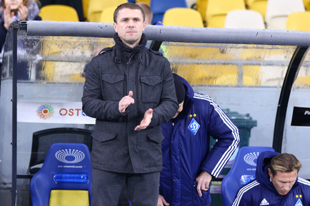 premier league: KYIV, UKRAINE - NOVEMBER 29, 2015: FC Dynamo Kyiv manager Serhiy Rebrov applauds to his players during Ukrainian Premier League game against FC Chornomorets Odesa at NSC Olimpiyskyi stadium