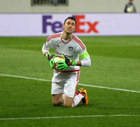 rsc: LVIV, UKRAINE - March 10, 2016: Goalkeeper Silvio Proto of RSC Anderlecht in action during UEFA Europa League Round of 16 game against FC Shakhtar Donetsk at Lviv Arena in Lviv Editorial