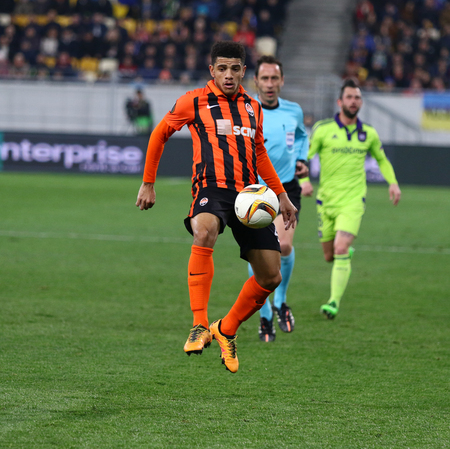 rsc: LVIV, UKRAINE - March 10, 2016: Taison of FC Shakhtar Donetsk in action during UEFA Europa League Round of 16 game against RSC Anderlecht at Lviv Arena stadium in Lviv