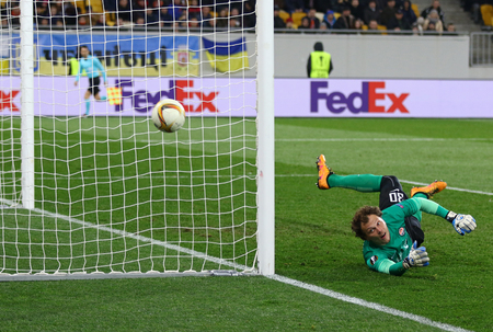 rsc: LVIV, UKRAINE - March 10, 2016: Goalkeeper Andriy Pyatov of FC Shakhtar Donetsk in action during UEFA Europa League Round of 16 game against RSC Anderlecht at Lviv Arena in Lviv