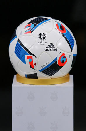 beau: KYIV, UKRAINE - MARCH 28, 2016: Official match ball of the UEFA EURO 2016 Tournament (Adidas Beau Jeu) on pedestal before Friendly match between Ukraine and Wales at NSC Olympic stadium in Kyiv