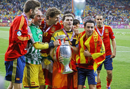 pepe: KYIV, UKRAINE - JULY 1, 2012: Players of Spain national football team celebrates their winning of the UEFA EURO 2012 Championship after the final game against Italy at NSC Olympic stadium in Kyiv