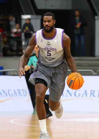 KYIV, UKRAINE - SEPTEMBER 26, 2019: Earl Clark of San Pablo Burgos controls a ball during the FIBA Basketball Champions League Qualifiers game BC Kyiv Basket v San Pablo Burgos in Kyiv Редакционное