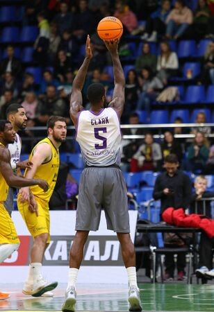 KYIV, UKRAINE - SEPTEMBER 26, 2019: Earl Clark of San Pablo Burgos in action during the FIBA Basketball Champions League Qualifiers game BC Kyiv Basket v San Pablo Burgos in Kyiv. Burgos won 86-83 Редакционное