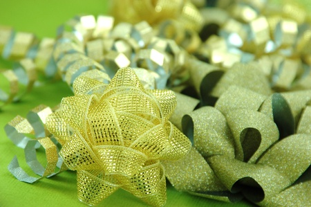 Golden Holiday Bows