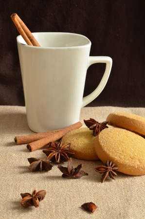 bisquit: Christmas still life wtih cookies and cinnamon