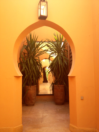 moroccan culture: Arabic Architectural Style in details, traditional moroccan hall entrance