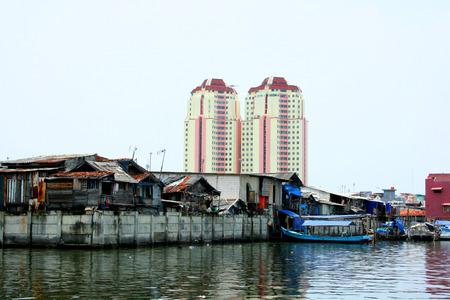 southeast asian ethnicity: Urban slums, Jakarta, Indonesia.Urban slums in the historical port of Sunda Kelapa of Jakarta, Central Java, Indonesia.