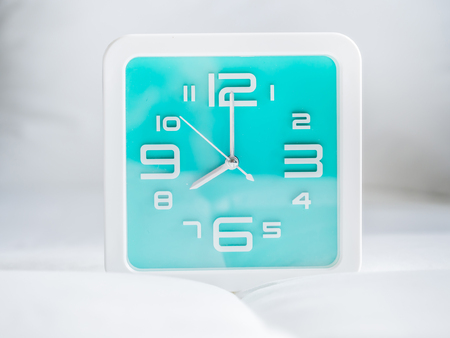 Set of time. 8 OClock, Square turquoise clock.