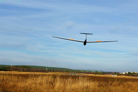 a glider on the approach
