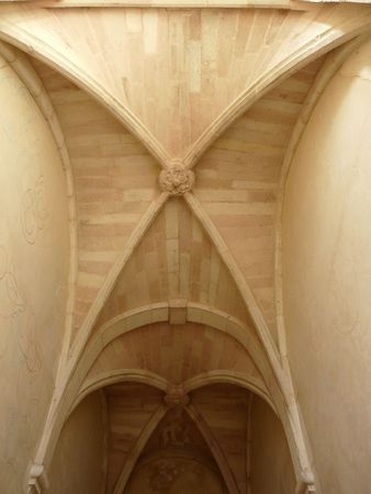 Vaulted medieval stone ceiling in the Abbey at Saint Savin in France Imagens