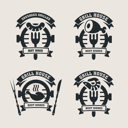 Establecimiento de las etiquetas de barras de la parrilla, logotipos. Etiquetar Steakhouse. La parrilla restaurante etiquetas y elementos de diseño. Pollo, salchichas, carne de cerdo, camarones a la parrilla.