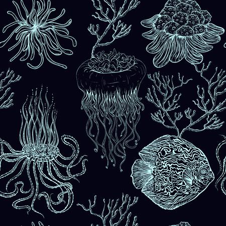 クラゲ、熱帯の魚、海洋植物やサンゴとのシームレスなパターン。ベクトルのヴィンテージ手描きイラスト海洋生物。夏のビーチ、装飾品、印刷、  イラスト・ベクター素材