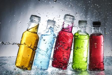 Claboussures d'eau sur verre Banque d'images - 13851751