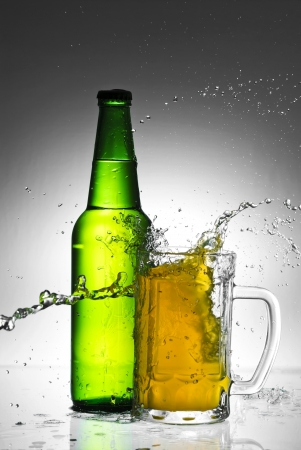 Beer bottle with water splash Stock Photo - 14043806