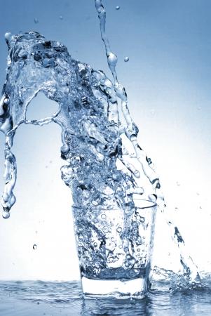 Bouteille d'eau Banque d'images - 14044021