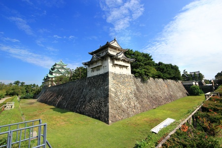 ultimately: Nagoya Castle was building in the three of Tokugawa family branches, This was important castle town and ultimately Japan