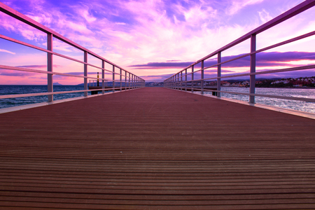 Pier View of the sunset from the pier in Estepona. 免版税图像 - 100002488