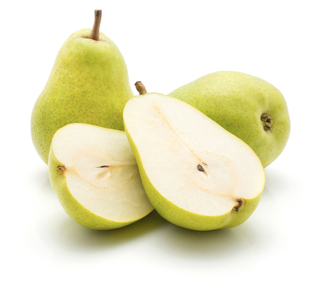 Green pears isolated on white background two whole two sliced halves cross section Stockfoto