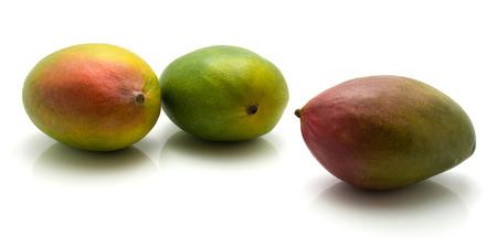 白い背景に隔離されたマンゴー3つの共通 写真素材