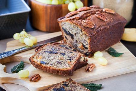 Delicious fresh homemade banana bread (cake) Archivio Fotografico