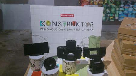 lomo camera display