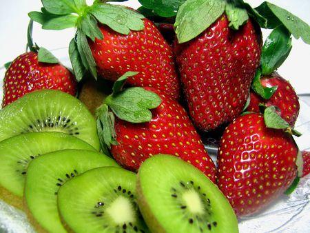 Strawberries with Kiwi Fruit
