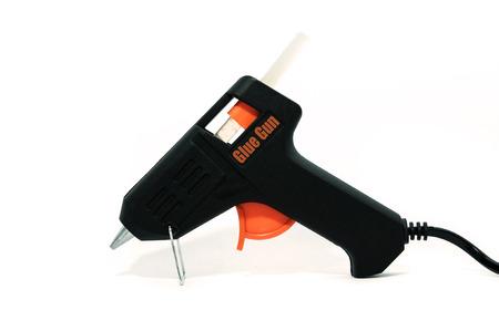 glue: pistola de pegamento aislado en blanco