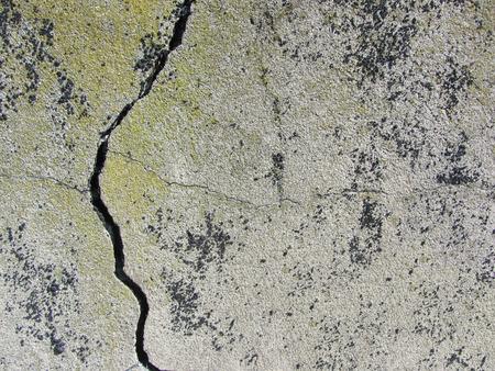 crack: Gray Grunge Concrete Crack Texture Background