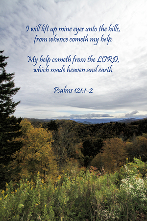 Cloudy Sky Over Smoky Mountain National Forest with Bible Verse Standard-Bild - 120613524