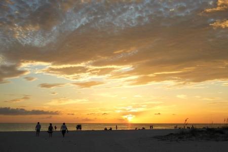 Genieten van Briljante Zonsondergang aan de Golf van Mexico