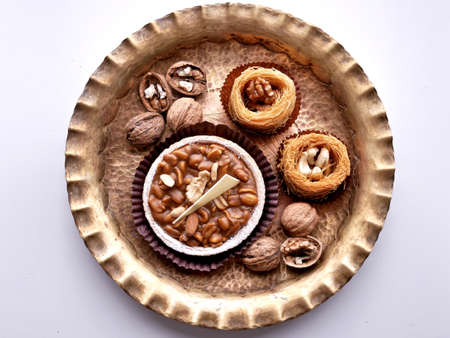 Nuts and biscuits from Kadayif dough. Standard-Bild