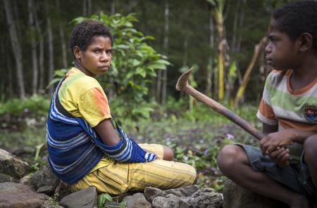 田舎でバリエム バレー、西パプア、インドネシア、2016 年 2 月 14 日: ダニ民族
