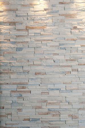 상단에 3 개의 조명이있는 큰 벽돌 벽 스톡 콘텐츠 - 7034307