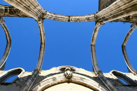 carmo: Open roof construction of Igreja do Carmo ruins in Lisbon, Portugal