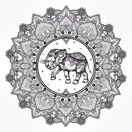 elephant�s: Dibujado a mano mandala de Paisley adornado con el elefante dentro. Ideal origen �tnico, arte del tatuaje, el yoga,, tailand�s, espiritualidad, dise�o africano, indio boho. El uso para impresos, carteles, camisetas y otros textiles. Vectores
