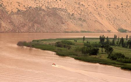 黄色川 (黄彼) - 沙坡頭風光明媚な地域、中国の寧夏省における景観の素晴らしい