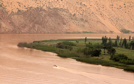 huang: Yellow River (Huang He) - amazing landscape in Shapotou scenic area, Ningxia province of China