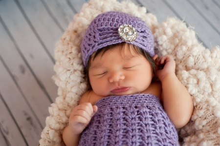 Newborn Baby Girl Wearing a Flapper Hat
